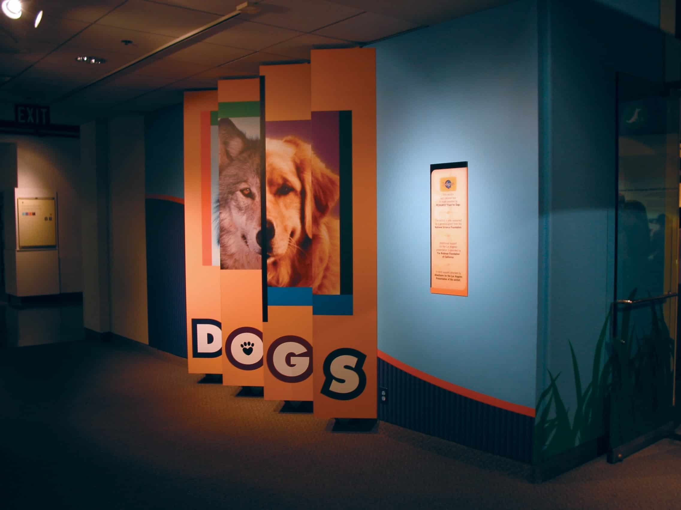 This dog display by Platon Graphics was made with the finest materials a banner can be made with.